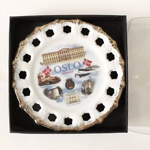 Oslo Norway small souvenir ceramic hanging plate
